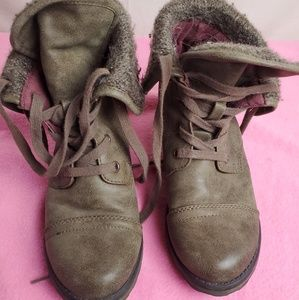 Roxy Shoes - ROXY Ankle Combat Boots Size 7.5 Women's Lace Up F